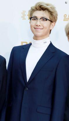 RM • 180110 BTS at The 32nd Golden Disc Awards Red Carpet Day 1~ ❤ #BTS #방탄소년단