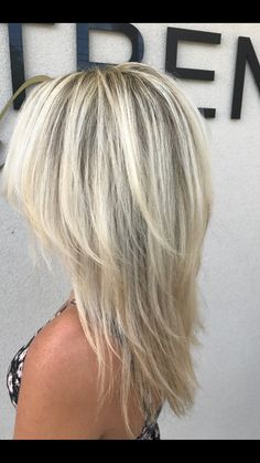 2020 New Arrival Blonde Wigs Level 8 Blonde – Clothingsee - Perm Hair Styles Medium Hair Cuts, Medium Hair Styles, Short Hair Styles, Frontal Hairstyles, Wig Hairstyles, Hair Levels, Real Hair Wigs, Blonde Wig, Short Blonde