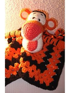 Tigger Lovey Comfort Blanket Crochet Gehäkeltes Baby Kuscheltier Anleitung / Pattern: http://www.ravelry.com/patterns/library/tigger-lovey-blankie