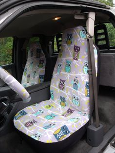 These car seat covers are made with 100% polyester fleece fabric and are machine washable. Stretches to fit car, van and truck seats easily and snug.