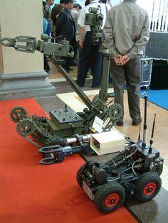 military robot 02