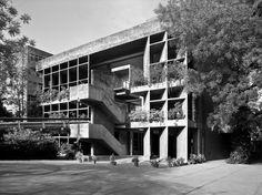 Mill Owners' Association Building / Le Corbusier © motaleb architekten