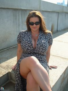 Cougars hot mature on pinterest mom sexy and beautiful for Incredibly beautiful women tumblr