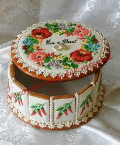 Kalocsai doboz - hungarian kalocsai gingerbread box