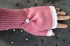 With a name like Raspberry Lemonade Mittens you know these hand warmers will be fun to make and wear. By taking the sleeves of a sweater and doing a little snipping and sewing you can create these lovely mittens - perfect for yourself or a friend. Sweater Mittens, Old Sweater, Fingerless Mittens, Jumper, Wrist Warmers, Hand Warmers, Diy Clothing, Sewing Clothes, Ropa Upcycling