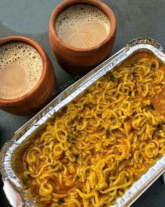 Masala Maggi with Mataka Chai Indian Food Recipes, Vegetarian Recipes, Cooking Recipes, Pasta Recipes, Food Snapchat, Food Gallery, Indian Street Food, Desi Food, India Food