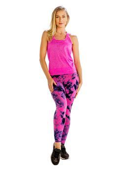 Check out Running Clothings for best high impact self patterned bright pink tank tee in bulk. Know more http://www.runningclothings.xyz/shopping/women-clothing/self-patterned-bright-pink-tank-tee/