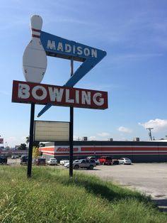 Madison Bowl -- Madison, TN     *CONDEMNED BUILDING*