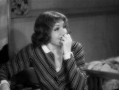 Claudette Colbert in It Happened One Night (1934).