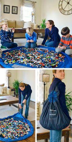 Tapis de jeux LEGO pour jouer partout dans la maison http://www.homelisty.com/rangement-lego/