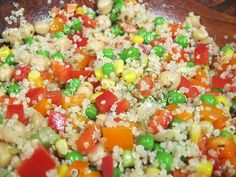 Lemony Vegetable Quinoa Salad at vanderbiltwife.com - gluten-free, dairy-free, soy-free, vegan ... just a lot of vegetable and quinoa yummyness. Great for a summer side dish!