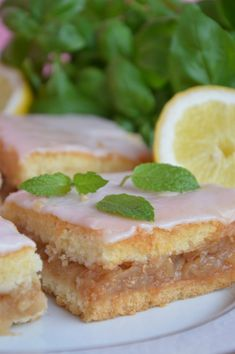 Polish Recipes, French Toast, Sandwiches, Cheesecake, Good Food, Dessert Recipes, Food And Drink, Menu, Sweets