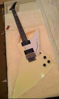 Gibson Explorer with a Floyd Rose