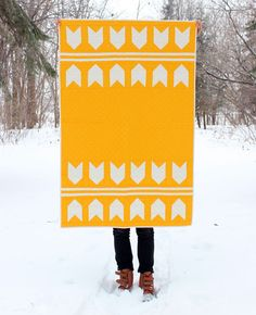 It's like abstract wheat! Via: Best of Etsy: Modern Quilts for Fellow Pattern Lovers