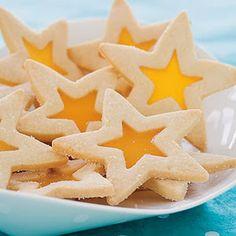 Παιδικό πάρτυ- Γλυκά: Ιδέες γαι χριστουγεννιάτικα μπισκότα! Star Cookies, Holiday Cookies, Butterscotch Candy, Stained Glass Cookies, Tea Sandwiches, Finger Sandwiches, Star Baby Showers, Baby Shower Cookies, Shaped Cookie