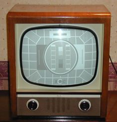 "Vintage Bush TV56 - 17"" Screen - 1955"