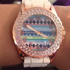 even though im not a watch fan i am obsessed with this Aztec Watch & I want this so badly!!