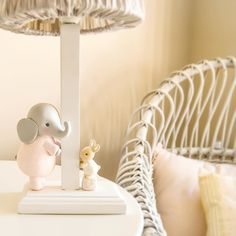 Esta lámpara  hecha con todo mi cariño ya está en su destino y espero de corazón que ilumine con dulzura los sueños de Ana  Un besito mis chicas!!! #patricialarrosa #twitter #clay #babyroom #nursery #nurserydecor #decoracioninfantil #handmade