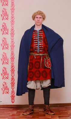 The druzhinnik (member of prince's retinue), 10th century.  Trousers are a bit poofy - the intent here might be transitional, Norse to Kievan...