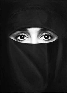 hanane in a burka