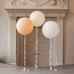 Bridal Giant Circle Tail Balloon