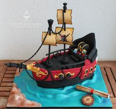 Pirat+Ship+-+Cake+by+Com+Amor+