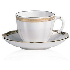 Royal Crown Derby White Carlton Gold Tea Cup (1,300 MXN) ❤ liked on Polyvore featuring home, kitchen & dining, drinkware, white, royal crown derby tea cup, modern tea cups, gold tea cup, gold teacup and royal crown derby