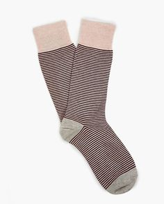 Mens Burgundy 1000 Stripes Sock: Patterned with contrasting coloured stripes, these socks from Etiquette Clothiers are a bold and playful design. #EttiquetteClothiers #mensfashion #cottonsocks #MensSocks #StripedSocks