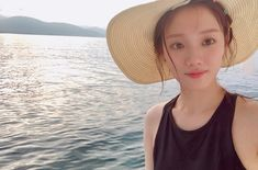 Uploaded by Find images and videos about lee sung kyung and lee sungkyung on We Heart It - the app to get lost in what you love. Asian Actors, Korean Actresses, Korean Actors, Actors & Actresses, Lee Sung Kyung Photoshoot, Shirley Setia, Weightlifting Fairy Kim Bok Joo, Joo Hyuk, Ulzzang Couple