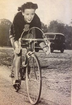 From The Bike Show Podcast, a story about Eileen Sheridan. Eileen Sheridan, one of the best-known, and best-paid, cyclists in Britain in the 1950 Cycling Art, Road Cycling, Cycling Bikes, Cycling Quotes, Cycling Motivation, Indoor Cycling, Cycling Shorts, Cycling Jerseys, Road Bike
