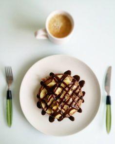 Tooortiiitaaas  Probando la harina Nutchoc de @max_protein Topping de kiwi #zespri gold  y salsa de chocolate zero calories de @servivita0.0 Y a por el martes!