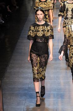 Dolce & Gabbana at Milan Fashion Week Fall 2012 - Runway Photos