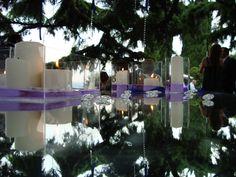 #allestimento #esterno #candele #wedding #lilla #nastri #purple #open space #specchi #candlelight #matrimonio www.castellodegliangeli.com