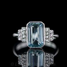 Aquamarine Deco Style Ladies Ringhttp://www.langantiques.com/products/item/30-1-3618