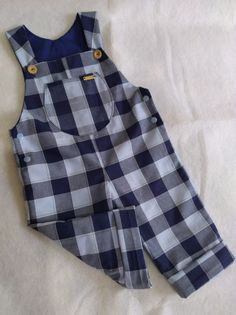 Little Girl Dresses, Girls Dresses, Baby Boy Outfits, Kids Outfits, Baby Clothes Sale, Baby Sewing, Baby Quilts, Boy Fashion, Baby Dress