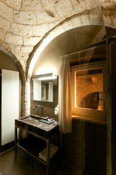 Palazzo Calò, Bari, 2012 #bathroom #design