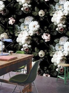 This is like working in a garden of blooms. I so LOVE the wallpaper!