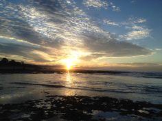 Sunset di Santolo, Sunrise di Sayang Heulang