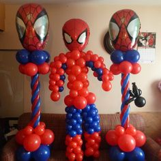 spiderman fatto di palloni