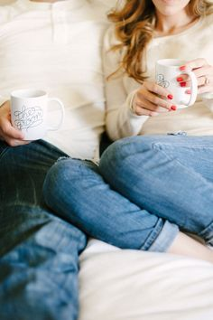 The sweetest at-home engagement session | Photography: Photos by Jenna Leigh - http://photosbyjennaleigh.com/