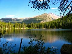 Rocky Mountain National Park, Colorado. I love it here--this makes me miss CO :/