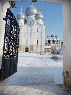 Успенский собор, Ростов Великий, Россия.