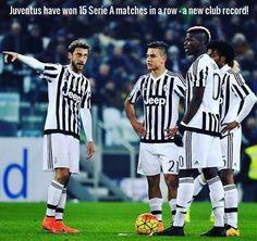 Nowy rekord Juve w Lidze Włoskiej • Juventus Turyn wygrał 15 meczów z rzędu w Serie A • Niesamowity wyczyn Starej Damy • Zobacz >> #juve #juventus #football #soccer #sports #pilkanozna