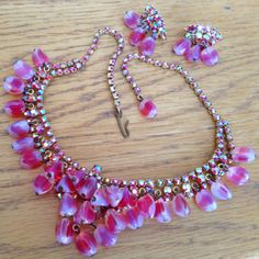 ALICE-CAVINESS-Red-Pink-Art-Glass-Beads-AB-RHINESTONE-Necklace-Earring-Set