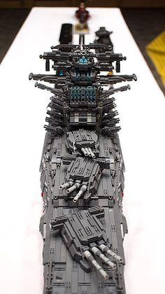 Spaceship YAMATO with LEGO by HaeunDaddy | by seter82 Lego Ww2, Lego Technic, Legos, Bateau Lego, Armas Wallpaper, Armadura Ninja, Technique Lego, Construction Lego, Lego Machines