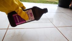 18 Smart Ways To Use Hydrogen Peroxide – Springtime Cottage Home Cleaning Remedies, Diy Home Cleaning, Household Cleaning Tips, Deep Cleaning Tips, Cleaning Recipes, House Cleaning Tips, Diy Cleaning Products, Cleaning Solutions, Cleaning Hacks