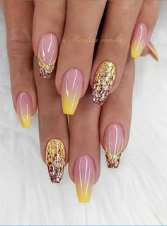 65 Summer Chic Short Sqaure Nails Design To Look Great - Page 3 of 65 - Beautiful Nails Pretty Nail Designs, Pretty Nail Art, Simple Nail Designs, Nail Art Designs, Nails Design, Acrylic Nail Designs, Sqaure Nails, Sparkle Nails, Glitter Nails
