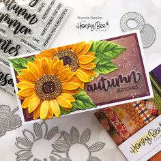 Sunflower Cards, Bee Creative, Honey Bee Stamps, Scrapbook Paper Crafts, Scrapbooking, Handmade Card Making, Bee Cards, Paper Craft Supplies, Fall Cards