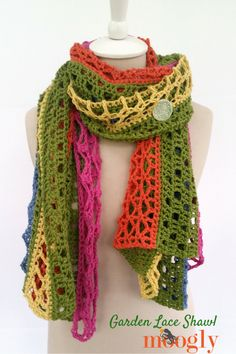 The Garden Lace Shawl blends five unique crochet lace patterns to create an ever-changing yet delightfully well-ordered free crochet wrap pattern on Moogly! Crochet Shawl Free, Crochet Wrap Pattern, Crochet Shawls And Wraps, Crochet Scarves, Crochet Clothes, Crochet Lace, Crochet Stitches, Lace Shawls, Crochet Summer