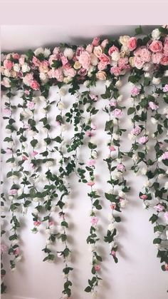 garland of flowers One of a kind flower garland that doubles as a flower wall! This flower garland is a great option for those that want to cover a surface as large as but don' Wedding Arch Flowers, Winter Wedding Flowers, Garland Wedding, Backdrop Wedding, Flower Wall Wedding, Flower Wall Backdrop, Wall Backdrops, Floral Backdrop, Floral Garland